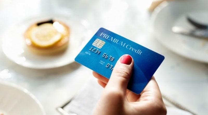 Thẻ Visa tiện lợi trong việc thanh toán toàn cầu