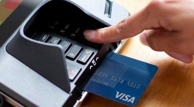 Cần cẩn thận khi thực hiện bất kỳ giao dịch nào bằng thẻ ngân hàng