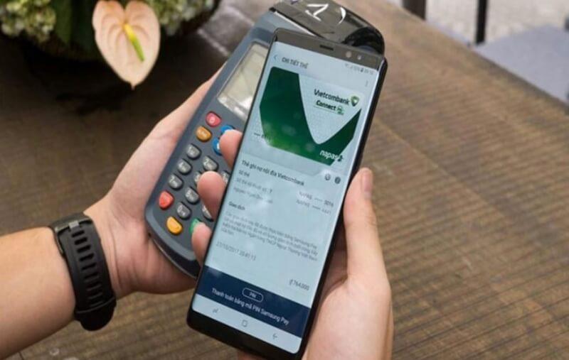 Bạn có thể sử dụng thẻ để quẹt hoặc thanh toán trực tuyến.