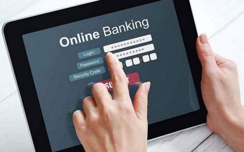 Người dùng có thể truy cập tài khoản thông qua internet banking