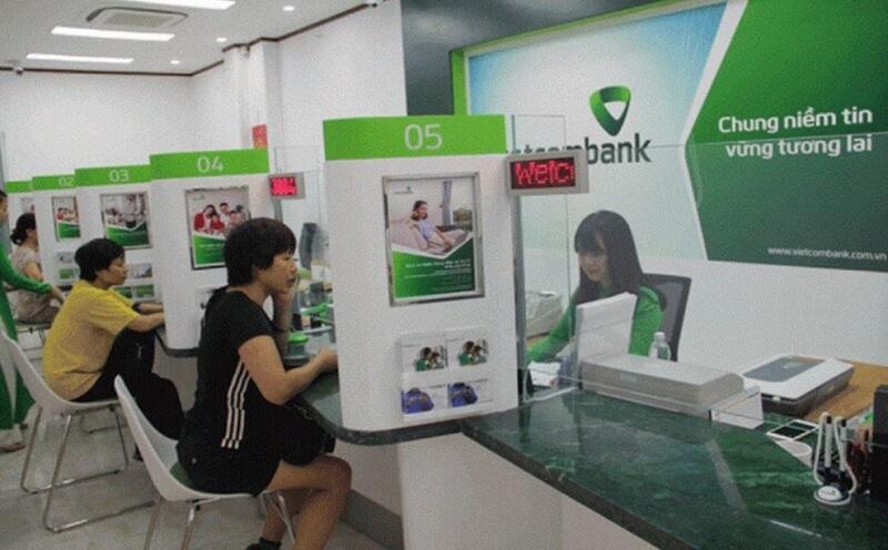 Mỗi ngân hàng hàng có những thông tin về lãi suất và thời hạn vay tối đa khác nhau