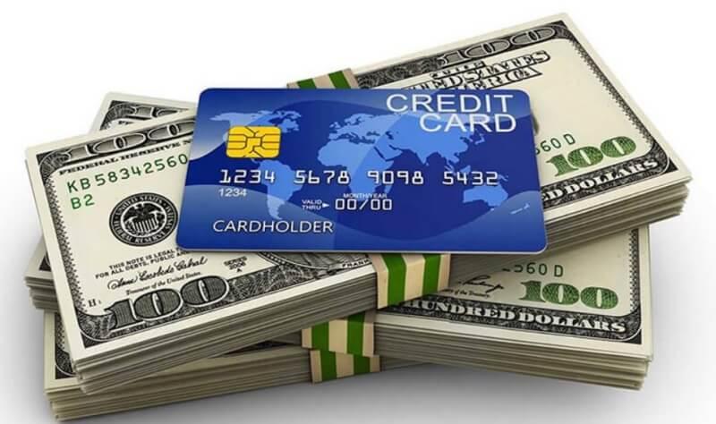 Chính sách, hạn mức vay, và lãi suất của các ngân hàng khi vay tiền bằng thẻ ATM